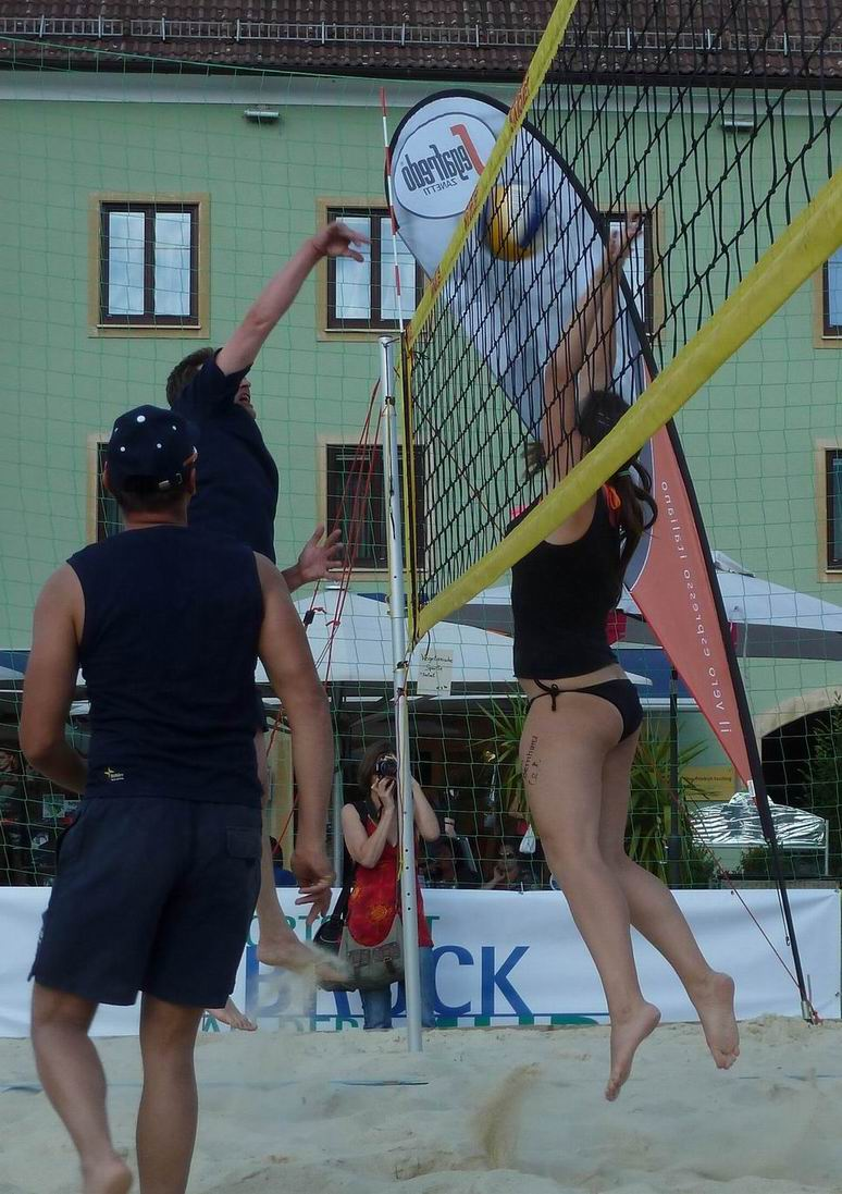 2011.06.15 Mi Businessvolleyball-084.jpg