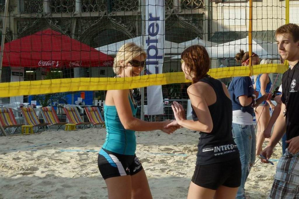 2011.06.15 Mi Businessvolleyball-164.jpg
