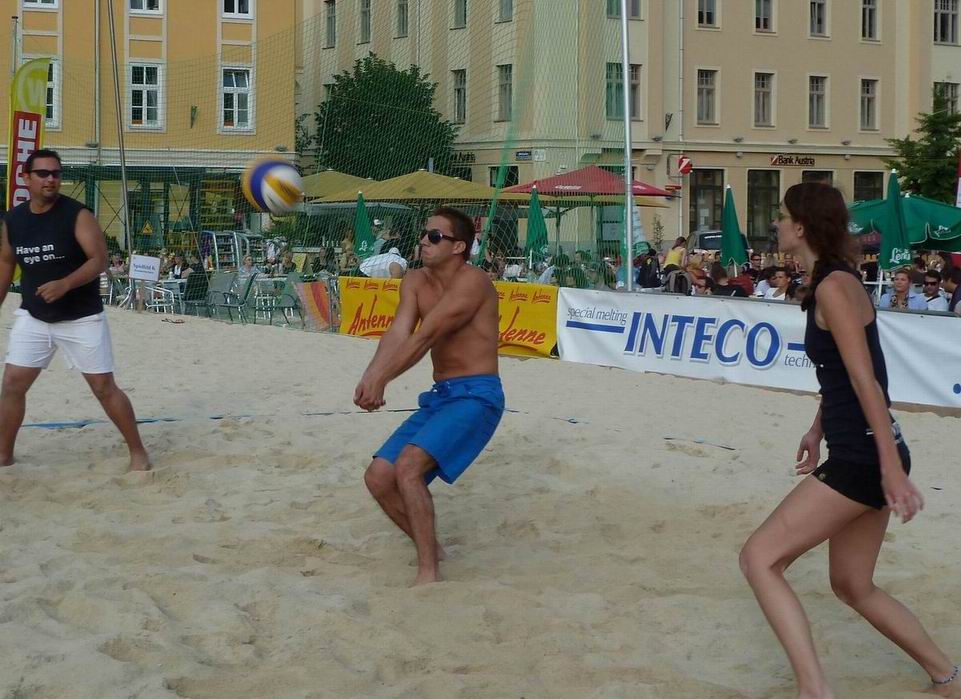 2011.06.15 Mi Businessvolleyball-168.jpg